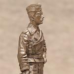 Оловянная миниатюра фельдфебель танковых войск. Германия. 1943-45г.
