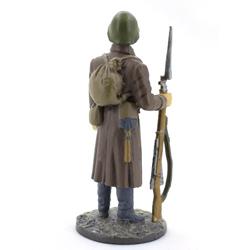Оловянная миниатюра красноармеец стрелковых частей РККА 1941 год.