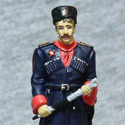 Оловянная миниатюра офицер Кубанских казачьих частей в парадной форме