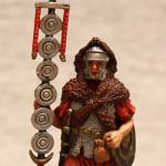 Оловянная миниатюра Сигнифер II легиона Августа
