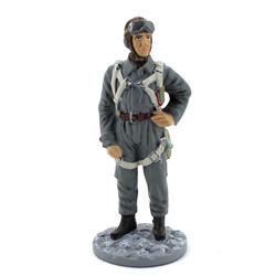 Оловянная миниатюра Офицер ВВС РККА в летней полетной форме