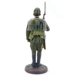 Оловянная миниатюра рядовой стрелковых частей ркка в летнем походном обмундировании.