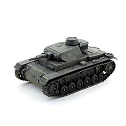 Модель немецкого танка Pz.Kfw III. Масштаб 1:100. Звезда.